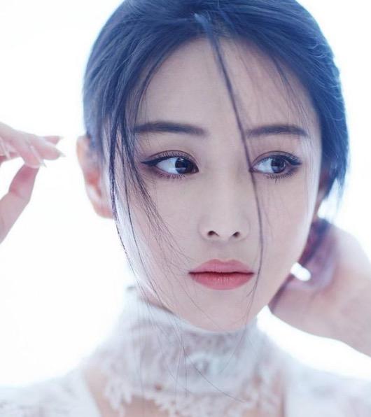张馨予曝被《我的前半生》影响 家乡普通话回归