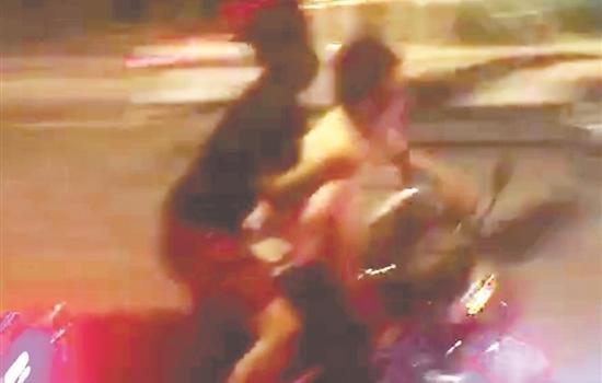 """泉州交警""""粗暴执法""""?谣言!事件发生在广东"""