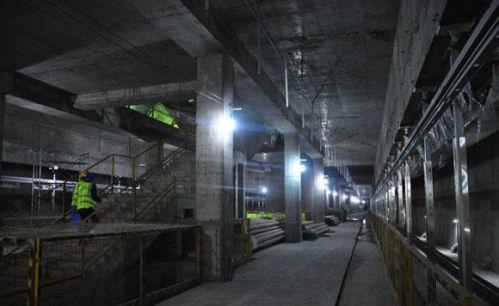 全国最深地铁站埋深超94米 探秘重庆轨道10号线红土地站