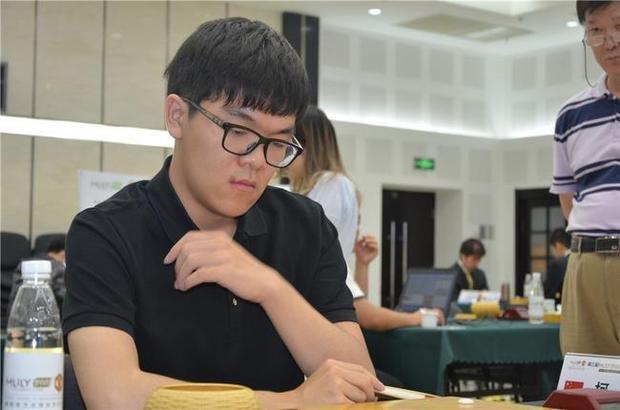 中国围棋甲级联赛柯洁不敌时越 22连胜戛然而止