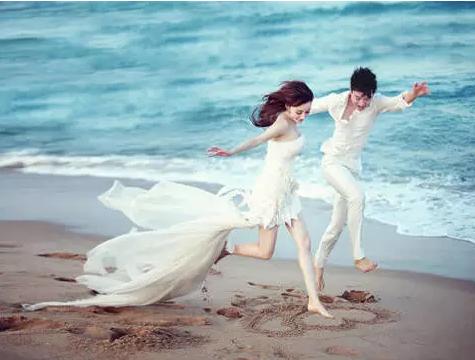 看看明星们的求婚方式 哪位更煽情更浪漫?