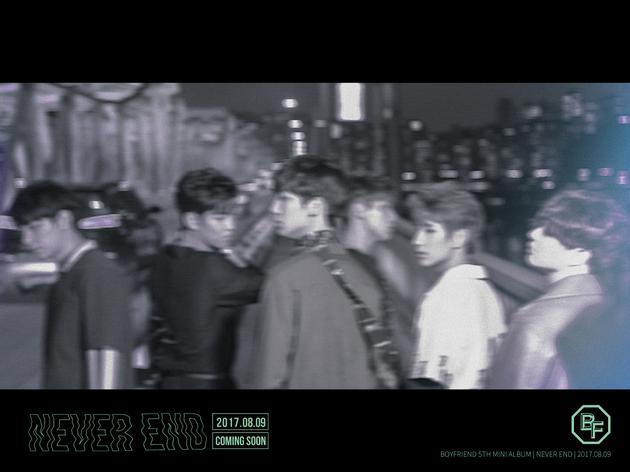 韩国男团BOYFRIEND时隔2年回归预告照公布 8月9日发表新专辑