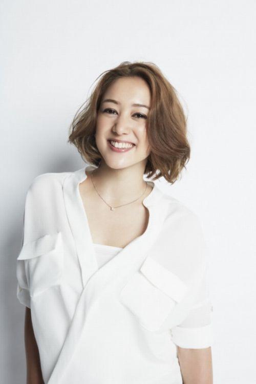 日本艺人SHELLY宣布怀二胎 预产期为明年2月 SHELLY个人资料
