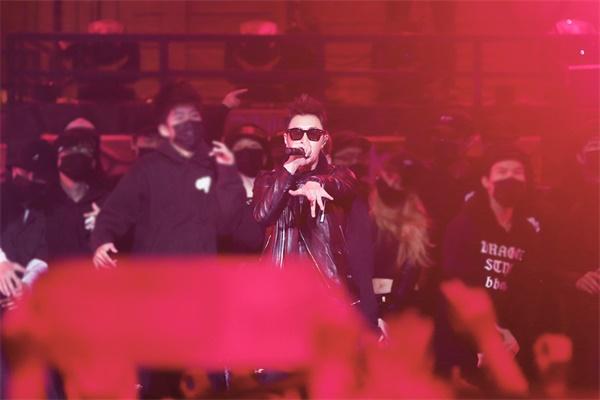 中国有嘻哈潘玮柏公演首秀燃爆来袭 潘玮柏是哪一期?