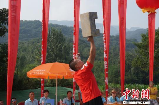 释永信观战少林七十二艺决赛 武林高手武艺赢得观众惊呼