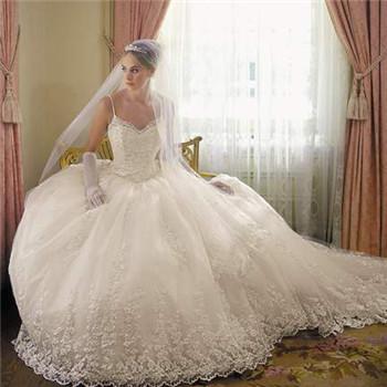 小胸新娘如何挑選合適婚紗 教你選到滿意禮服