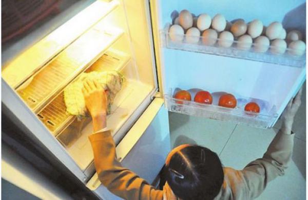 定期清洁冰箱有技巧 教你六大妙招!