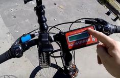 牛人改装自行车变喷气车