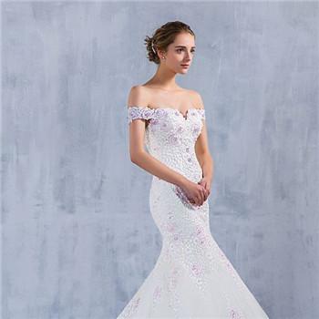 2017年新娘喜愛的婚紗款式在這里 美翻的婚紗禮服