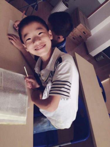 四川11岁双胞胎杨星宇、杨天宇读补习班后失联 曾离家出走
