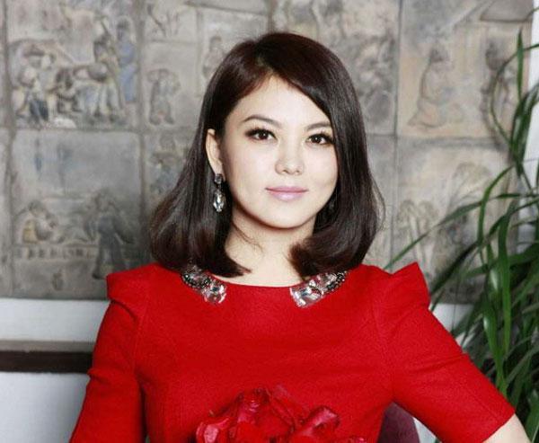 李湘爆芒果台关系复杂,何炅、汪涵、谢娜、张大大等纷纷躺枪