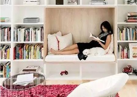 老婆对书架做了小改造后 家里变得有颜又有品