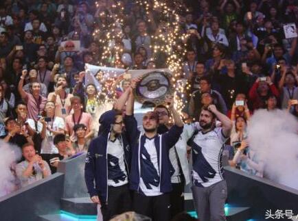 DOTA2TI7冠军出炉 液体获超1000万美金电竞史上最高奖金!