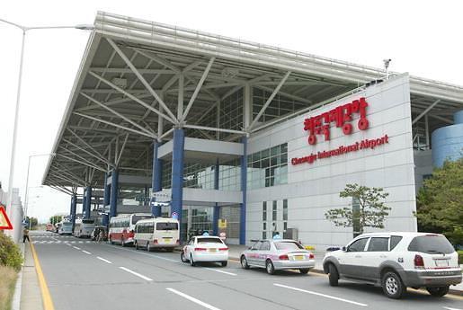韩国7月份中国游客减少七成日本游客也不来 还是萨德惹的祸?