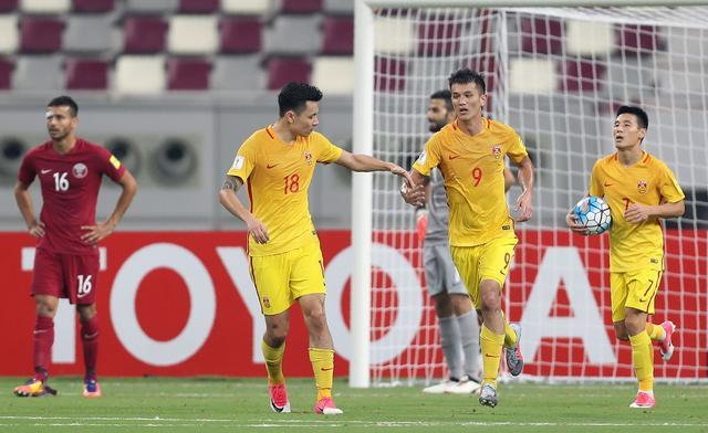国足2-1卡塔尔仍无缘世界杯 郑智染红武磊绝杀