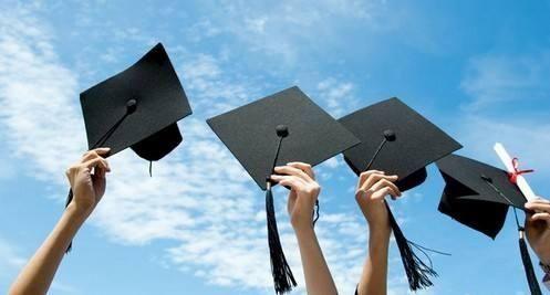 女生留学6年花两百万 回国求职被开两千底薪
