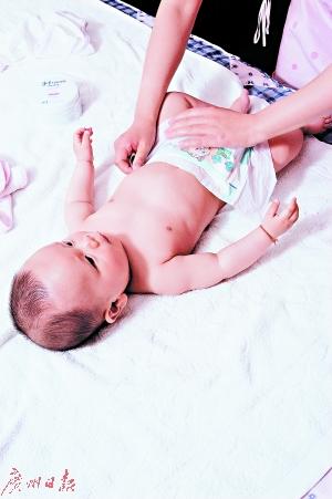 新生儿纸尿裤合理使用 宝宝可以避免患尿布疹