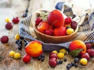 秋季吃什么水果好? 好多食物都可以抱回家!
