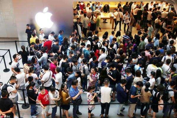 黄牛称iPhone8不加2000绝不卖 黄牛买稀缺iPhone8手段揭秘