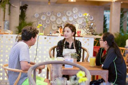 中餐厅赵薇想法感谢给过帮助的人 邀请感恩嘉宾推出免费晚餐