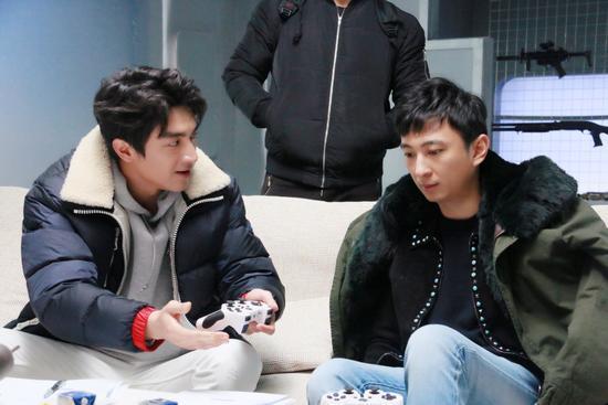 王思聪游戏直播大骂林更新 陈赫吓得不敢应场面一度十分尴尬