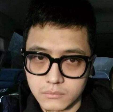 宋喆被抓,警方披露涉案的还有另一同伙也被抓,宝强开始反击了