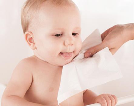 纸巾要认真选 买错了可能给宝宝健康带来威胁