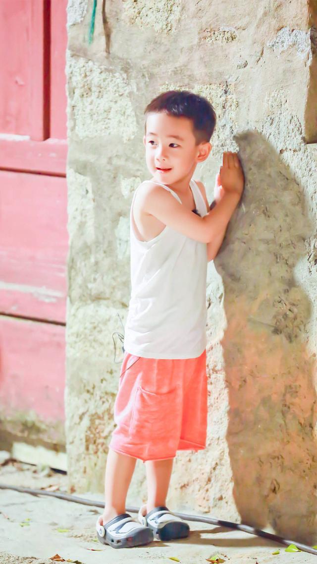 陈小春不许jasper进娱乐圈,想生一个像小泡芙一样的小可爱