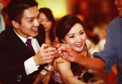 中国现代婚宴敬酒顺序 婚宴敬酒有哪些注意事项