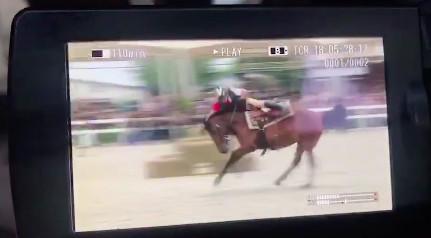 吴秀波坠马现场照片曝光!吴秀波录什么节目坠马了?