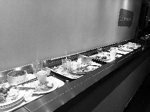 """家庭餐桌""""光盘""""跑偏了 怕浪费硬吃光引起""""三高"""""""