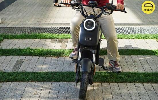 披着牛皮的狼:小牛家族U1 Pro电动自行车试驾