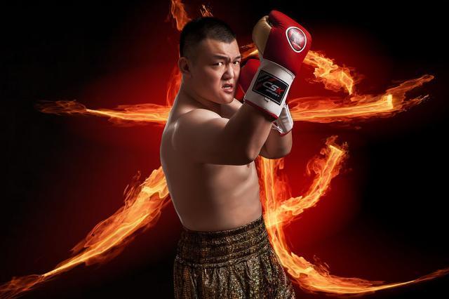 重量级拳王统一战又将上演,中国泰森张君龙:随时准备