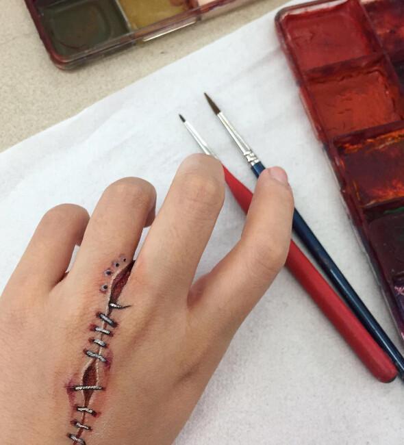 加拿大女化妆师画的奇葩妆容,不敢直视
