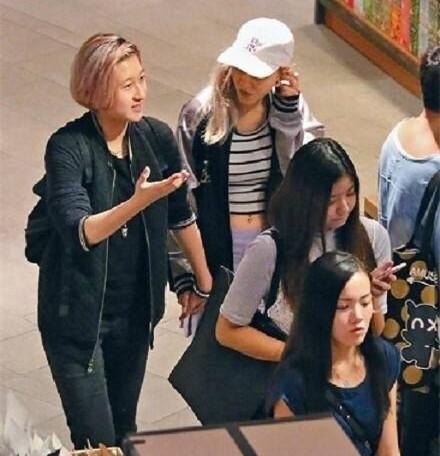 小龙女吴卓林公开表示自己出柜,求成龙大哥的心理阴影面积
