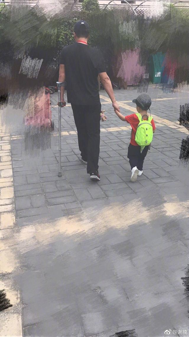 谢楠表白小小春,放话让吴京带儿子上《爸爸去哪儿》,吴京太惨了