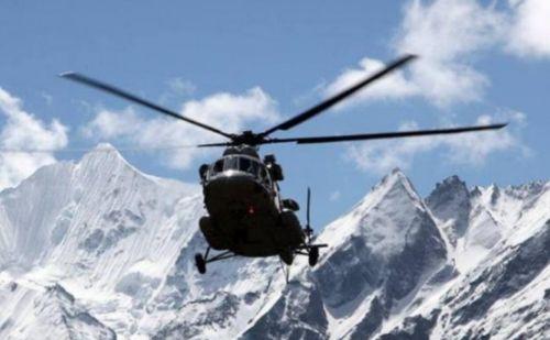 又摔飞机!印度一架空军直升机在中印边境附近坠毁 7人死亡