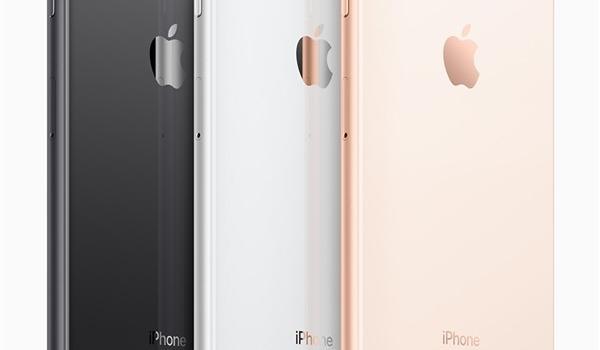 美女买iPhone 8行货打开包装屏幕松动:苹果无视