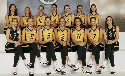 瓦基弗银行女排新赛季14人名单 球员大合照