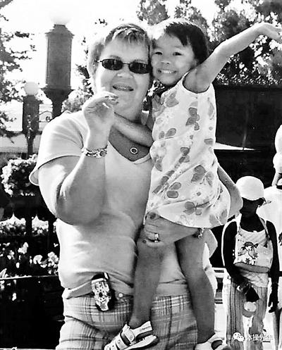 外国人领养中国儿童要付数万元?福利院:捐款自愿