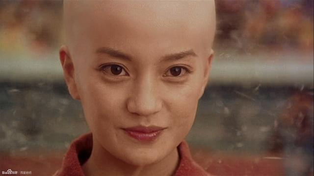 周星驰的《功夫2》低调开拍,但是网友还是一眼就看到了她