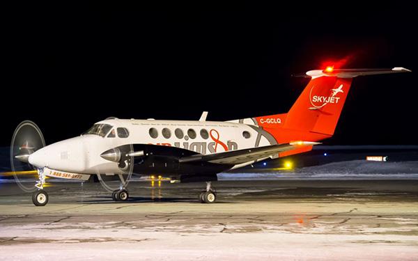 加机场上空惊魂一幕 加拿大客机与无人机相撞