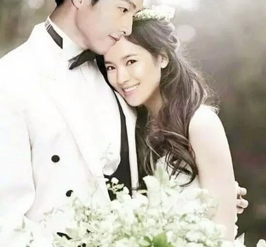 宋仲基、宋慧乔今日大婚,嘉宾阵容强大,李光洙、刘亚仁等出席