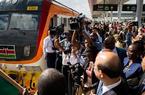 """""""中国造""""蒙内铁路在肯尼亚增开列车"""
