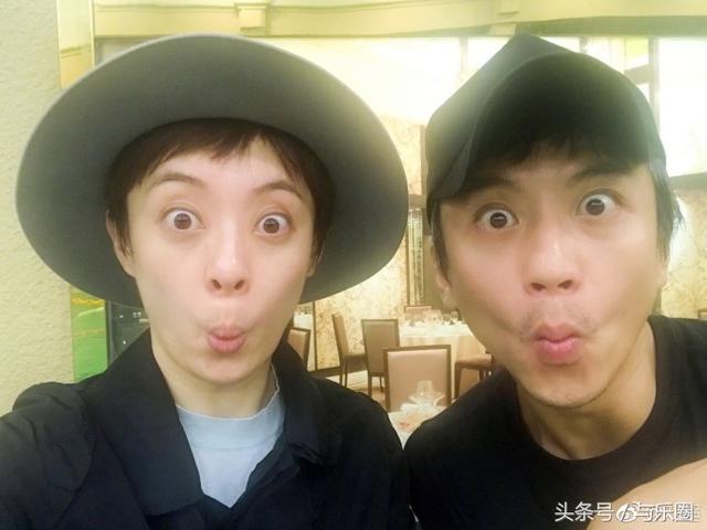 邓超孙俪逗比照曝光,网友:简直想象不到如此同步!