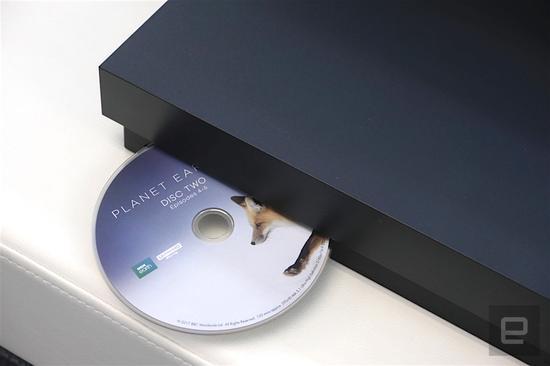 天蝎降临!Xbox One X全球同步发售开箱动手玩