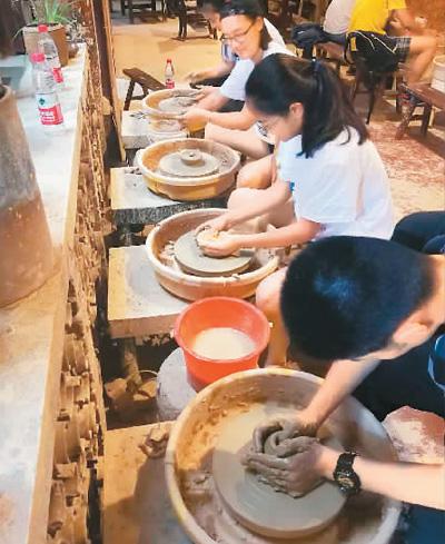 """湖南长沙铜官窑:""""千年陶都""""的传承与创新"""