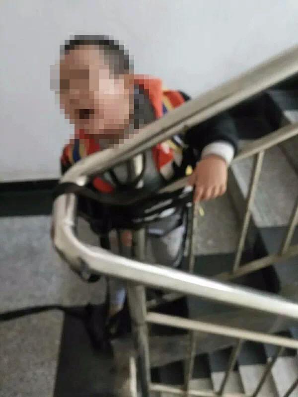湖南耒阳一女子将4岁儿子五花大绑向前夫索钱 孩子被吓失禁