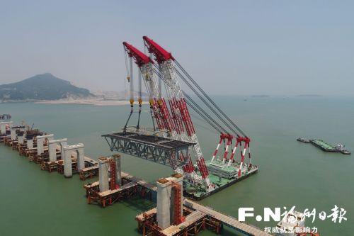 平潭海峡公铁两用大桥完成桩基施工