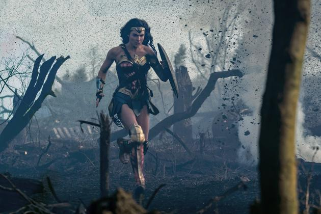 盖尔·加朵将回归《神奇女侠2》 性丑闻缠身制片人退出